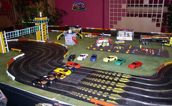 Scalextric project by Zambelis